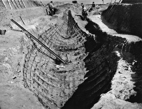 Ship excavation 1930s - © Trustees of the British Museum